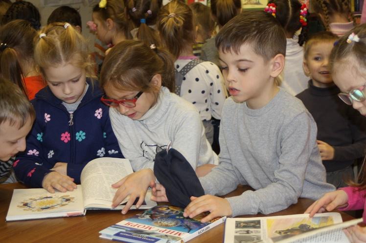 День космонавтики в Детской библиотеке_1