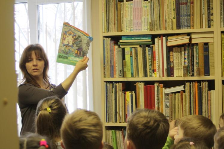 Экскурсия в Детской библиотеке_3