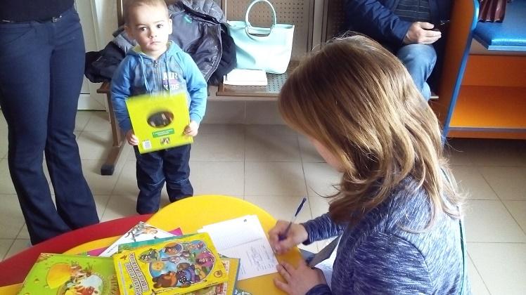 читаем детям в поликлинике_4
