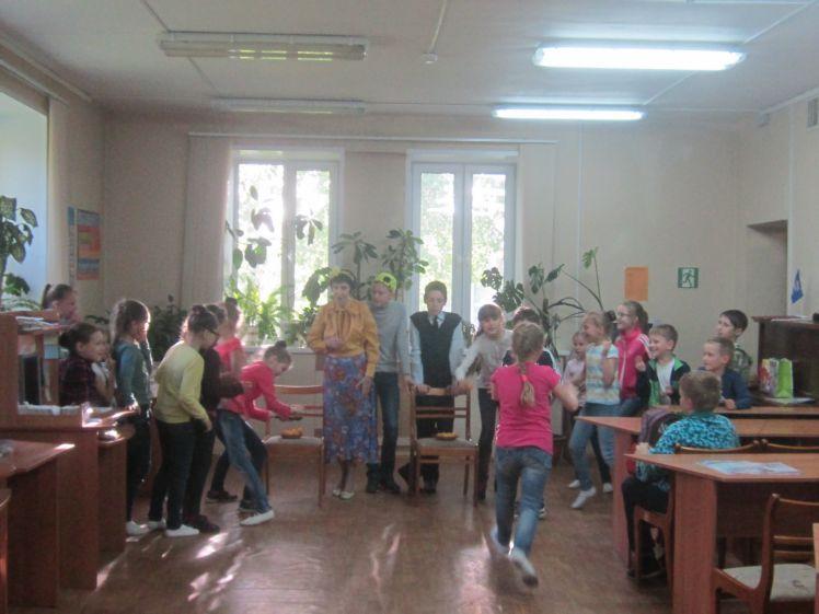 Мероприятие Дружат дети всей земли! в библиотеке № 6 Микрорайона Депо г. Лобня