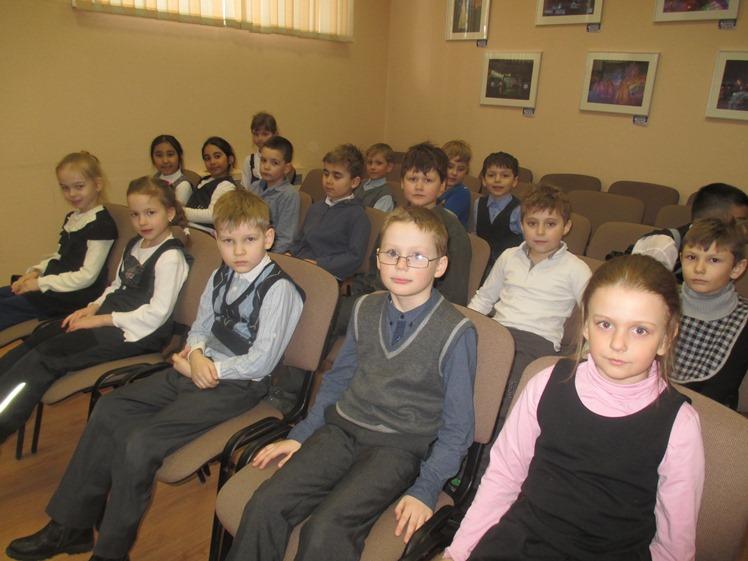 Дочь полка - встреча с учащимися школы №8 1 В класса - Центральная библиотека