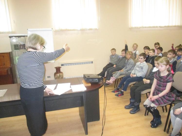 Богиня здоровья - Гигиея - встреча с учащимися школы №8 1А и 1г классов 1
