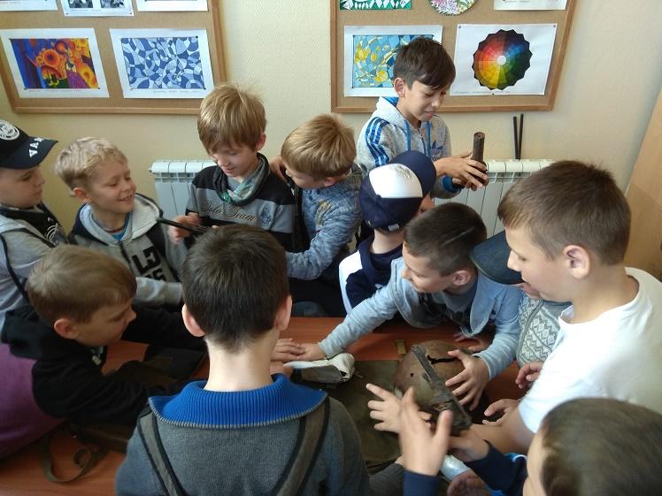 День памяти и скорби_летний лагерь школы №2 в ДК Чайка_2
