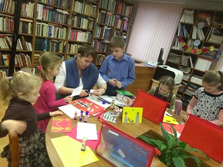 Познавательно-образовательные занятия учебно-воспитательной группы храма блж. Матроны Московской в Детской библиотеке