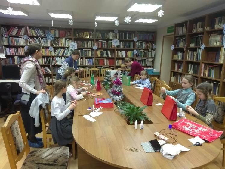 Воскресные занятия в Детской библиотеке 30.12 (5)
