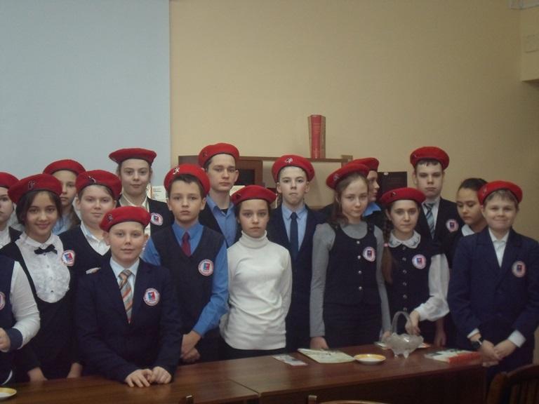 Был город-фронт, была блокада_Красная Поляна (17)