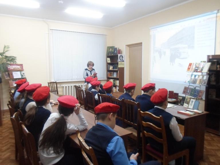Был город-фронт, была блокада_Красная Поляна (8)