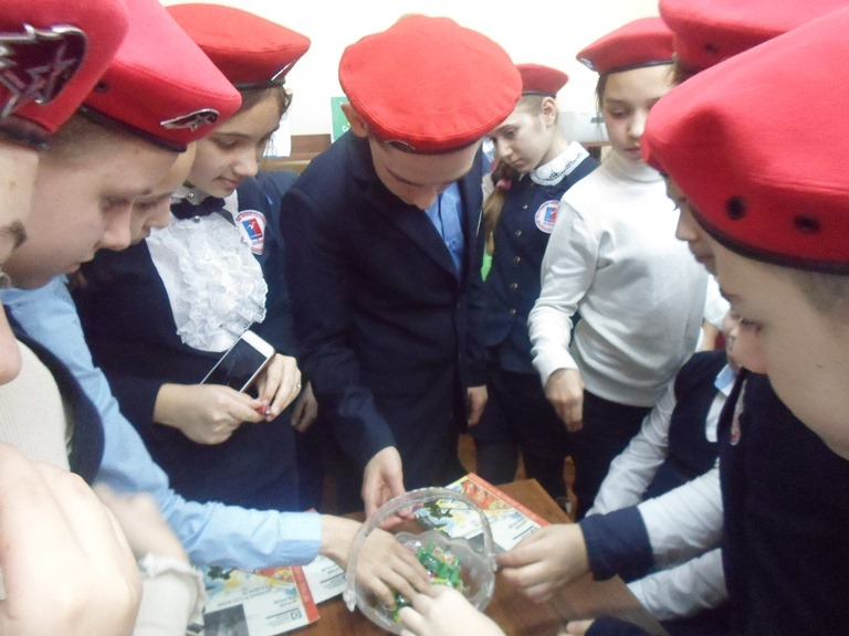 Был город-фронт, была блокада_Красная Поляна (2)