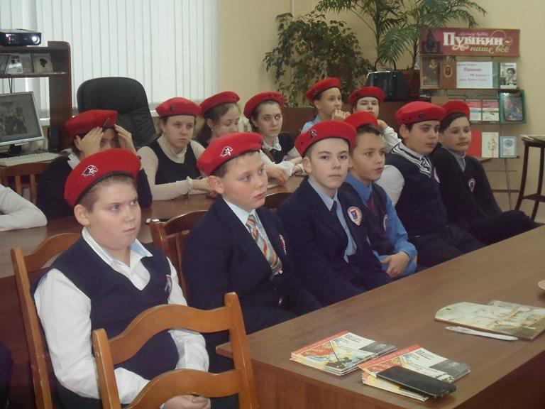 Был город-фронт, была блокада_Красная Поляна (16)