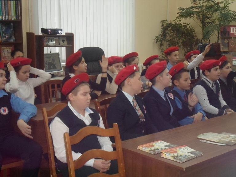 Был город-фронт, была блокада_Красная Поляна (13)