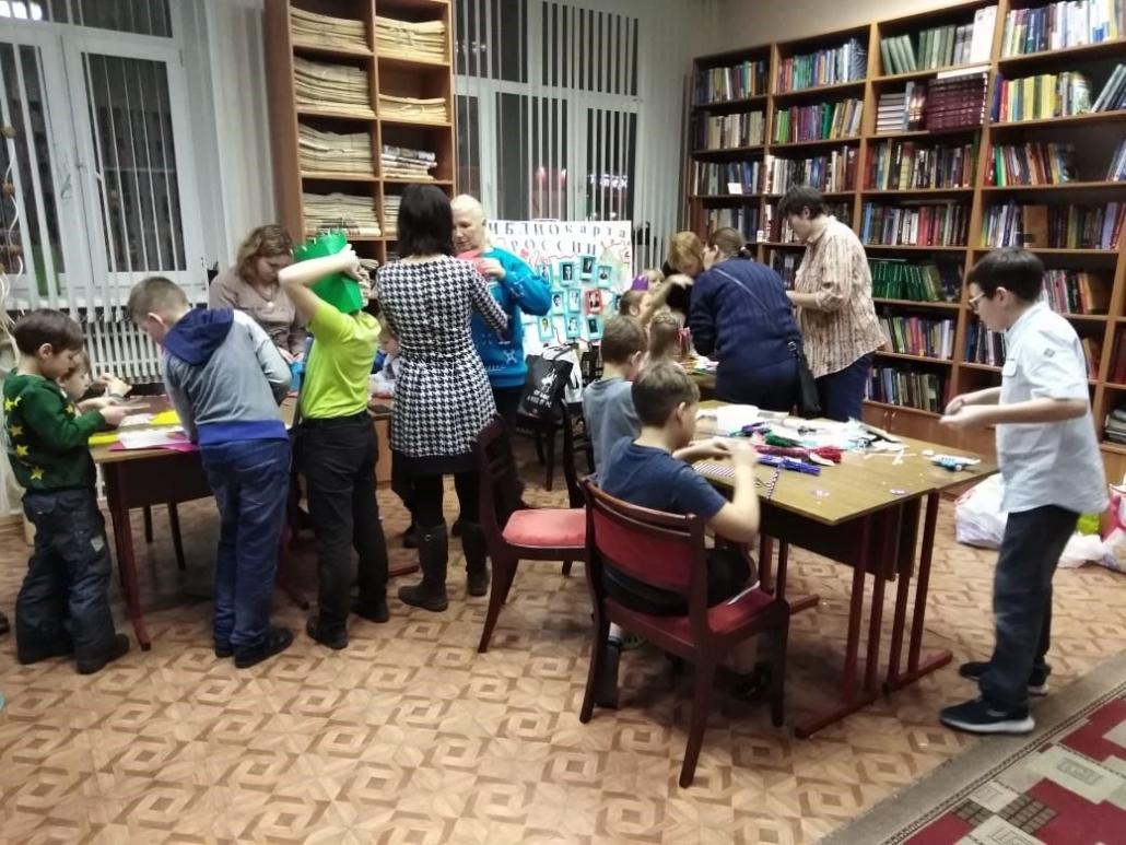Новогодний квест Игрового клуба многодетных мам в Центральной библиотеке