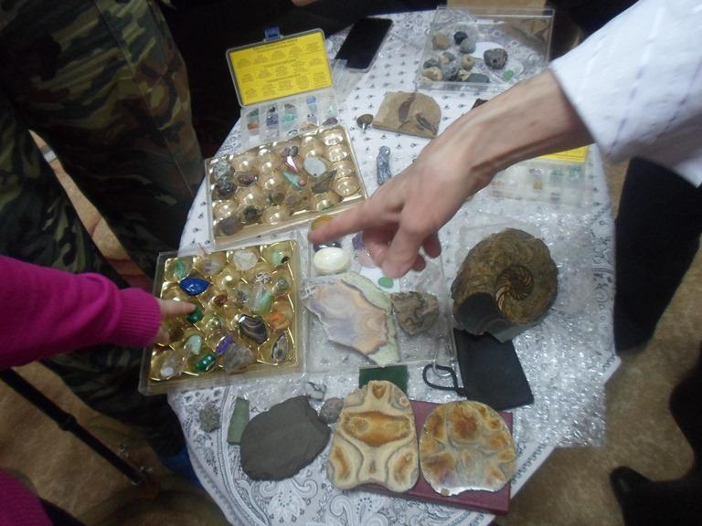 Книги и камни_Красная Поляна (6)