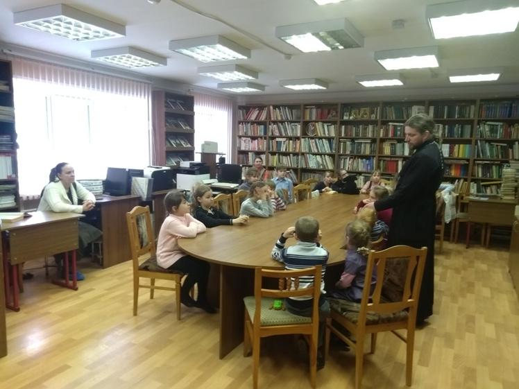 Воскресные занятия в Детской библиотеке 3.03 (11)