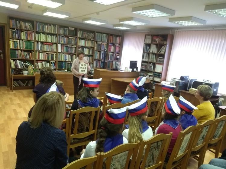Белый цветок_ Детская библиотека (4)