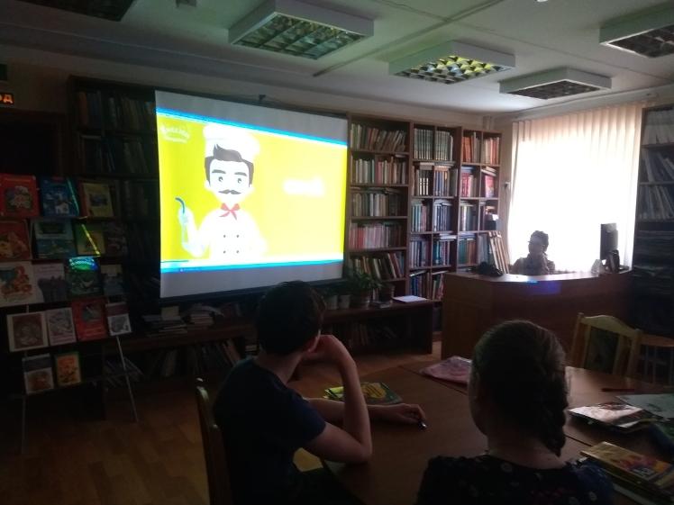 Воскресные занятия в Детской библиотеке_31.03.2019 (5)