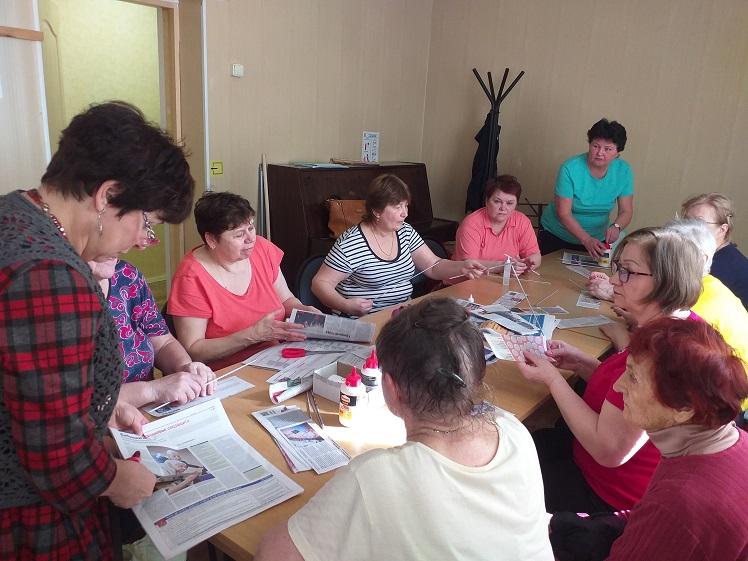 Мастер-класс по плетению из газетных трубочек - библиотека Луговая
