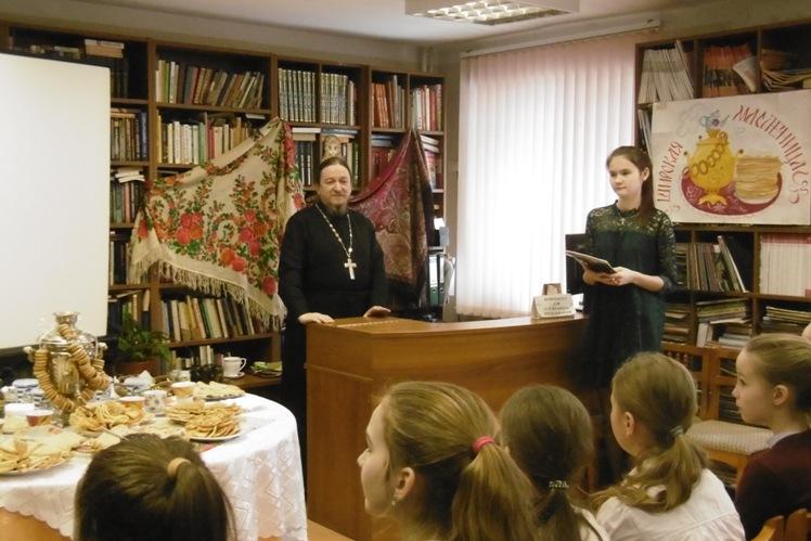 Поговорим о Масленице_ Детская библиотека (9)