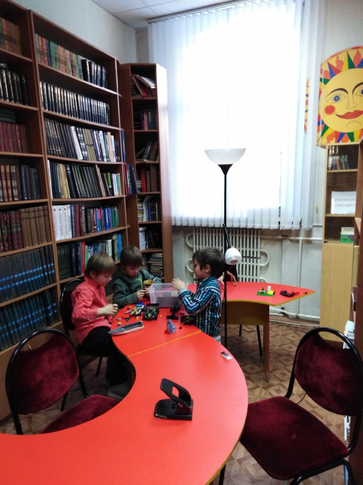 Игровой клуб многодетных мам - Центральная библиотека (6)