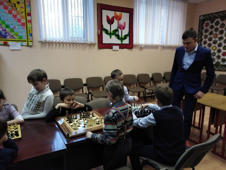 Шахматный клуб - Центральная библиотека (7)