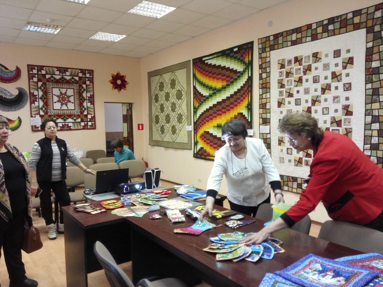 Выставка и презентация Натальи Миляевой - Центральная библиотека (4)