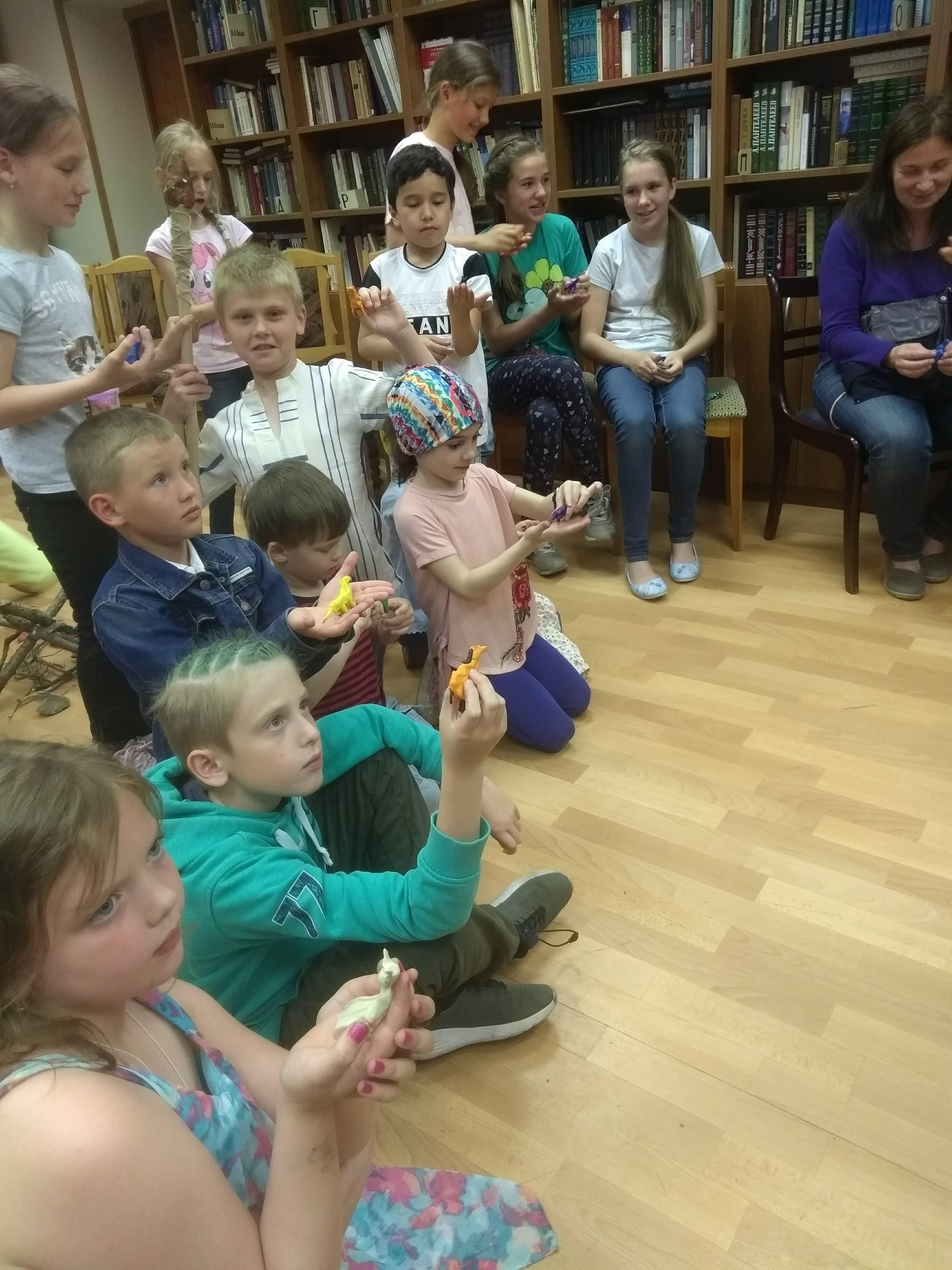 «Путешествие во времени»  в Детской библиотеке-3