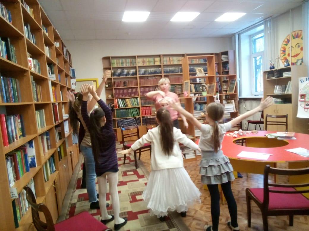 """Семейный клуб \""""Светоч\"""" Семейные чтения - Центральная библиотека-7"""