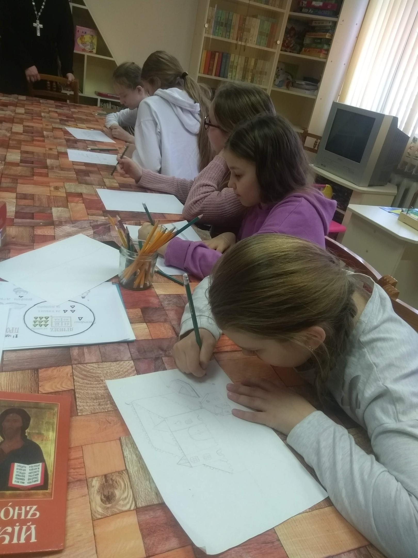 Воскресные занятия в Детской библиотеке-2