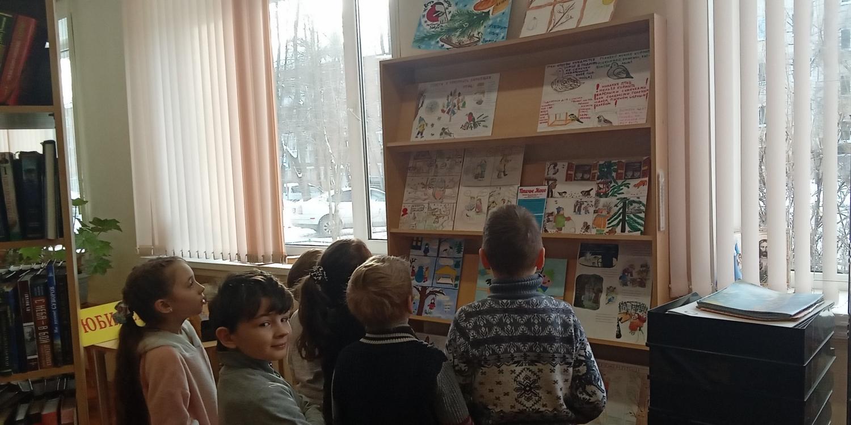 """Открытие и обзор выставки комиксов \""""Покормить и не навредить\""""."""