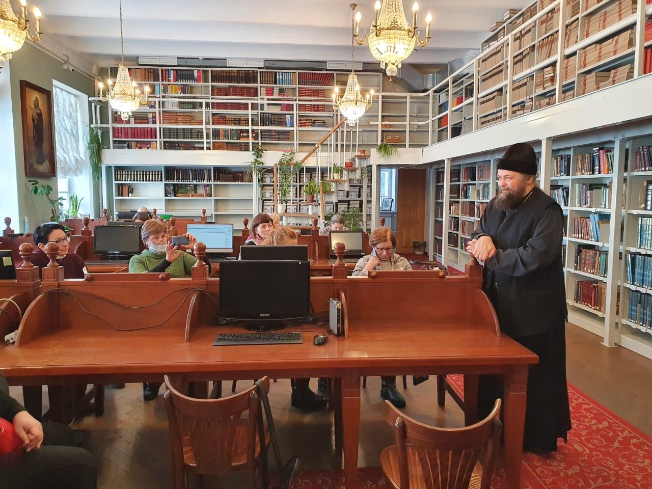 Свято-Троицкая Сергиева Лавра - путешествие в Библиотеку